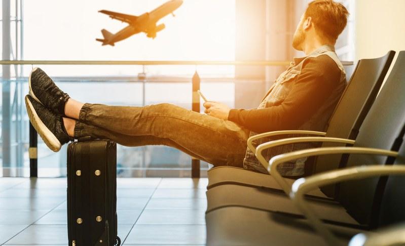 Cancellazione del volo: differenza tra rimborso e risarcimento